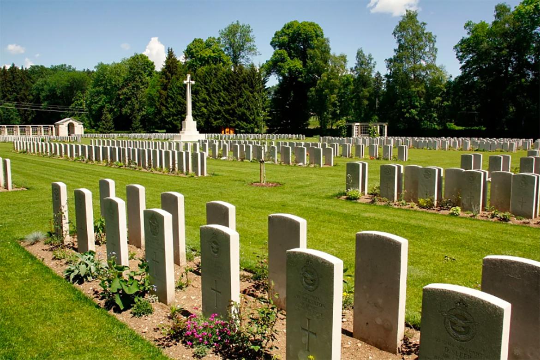 место на кладбище минск